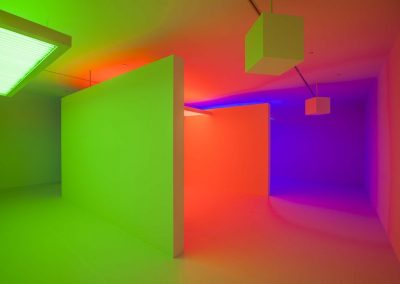 Carlos Cruz-Diez, Chromosaturation, 1965-2015. Installation view Light Show, Museum of Contemporary Art Australia, 2015. Image courtesy and © Carlos Cruz-Diez. Photo: Alex Davies